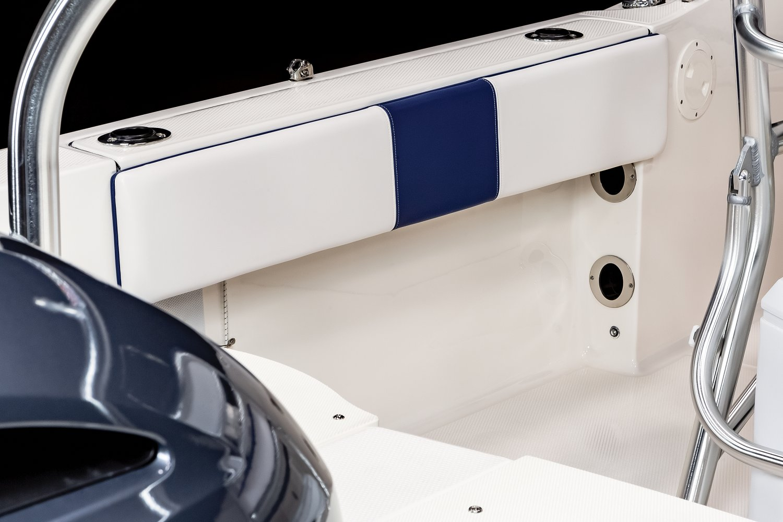 R180 - Rod Storage Portside