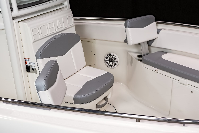 R242 - Bow Backrests
