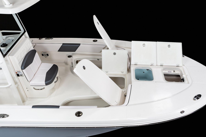 246 Cayman SD - Bow Storage