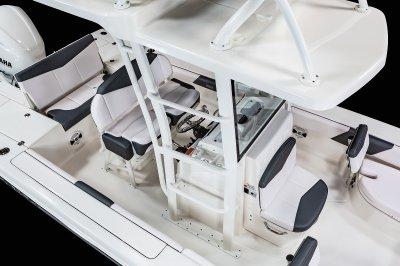 246 Cayman SD - Sky Deck Ladder