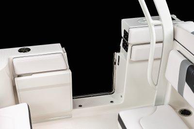 R272 - Side Entry Door