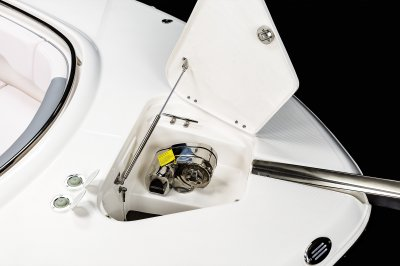 R302 - Windlass